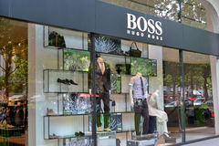 Boutique de bossage de Hugo, Paris Photographie stock