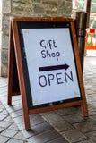 Boutique de cadeaux images libres de droits