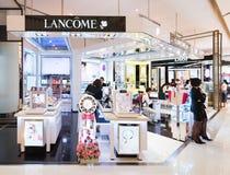 Boutique de Lancome en Siam Paragon Mall, Bangkok Foto de archivo