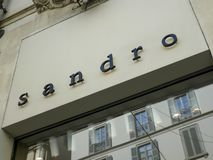 Boutique de Sandro foto de archivo libre de regalías