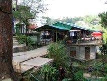 Boutique de souvenirs par le bord d'une colline, Baguio, Philippines photo libre de droits