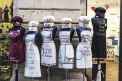 Boutique de tabliers de Veronica de Ricami dans Siracusa, Sicile, Italie images stock