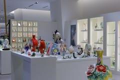 Boutique de vase dans le bâtiment de Taïpeh 101 Photographie stock libre de droits