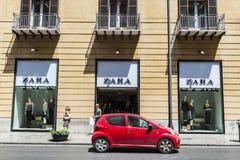 Boutique de Zara à Palerme en Sicile, Italie Image libre de droits