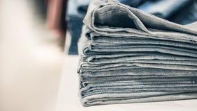 Boutique des vêtements de jeans Photo stock