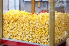 Boutique douce de maïs éclaté photographie stock