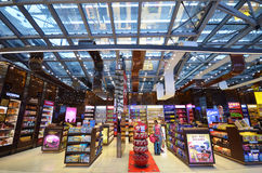 Boutique hors taxe à l'aéroport de Suvarnabhumi, Bangkok Photo stock