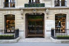 boutiquegucci paris royaltyfri foto