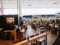 Boutiques dans l'aéroport de prestwick de Glasgow, Angleterre Photo libre de droits
