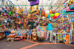 Boutiques de cadeaux à peu d'Inde, Singapour Photo libre de droits