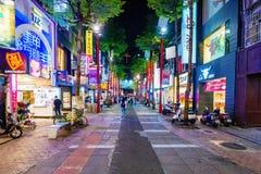 Boutiques de grand-rue de Ximen la nuit Images libres de droits