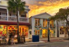 Boutiques de souvenirs de Key West - nuit Photographie stock libre de droits