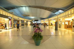 Boutiques hors taxe à l'aéroport de Bangkok Images stock