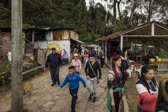 Boutiques sur la traînée de Monserrate Photographie stock libre de droits