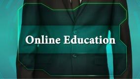 Bouton d'inverse de poussée d'homme d'affaires sur l'écran tactile éducation en ligne d'inscription banque de vidéos