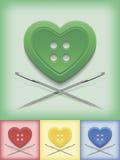 Bouton en forme de coeur et aiguilles croisées Image stock