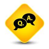 Bouton jaune élégant de diamant d'icône question-réponse de bulle Photo libre de droits
