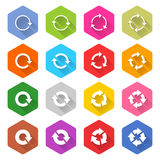 Bouton plat de Web d'hexagone d'icône de recharge de flèche Photographie stock