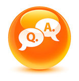 Bouton rond orange vitreux d'icône question-réponse de bulle Images libres de droits