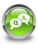 Bouton rond vert brillant d'icône question-réponse de bulle Images libres de droits