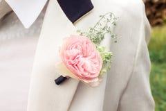 Boutonniere di nozze fatto della peonia rosa Immagine Stock Libera da Diritti