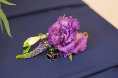Boutonniere e botão de punho Fotos de Stock Royalty Free
