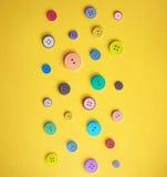 Boutons de couture colorés Photo stock