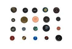 Boutons de couture de cru mélangé avec un chemin de découpage. Photographie stock