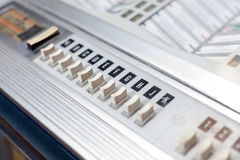 Boutons de juke-box avec des lettres de chanson Photos libres de droits