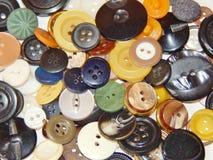 Boutons multicolores en gros plan Image stock