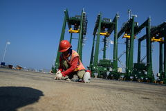 Bouw de nieuwe haven van Tanjung Priok Stock Afbeelding