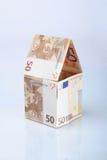 Bouw gemaakt van geld Royalty-vrije Stock Afbeeldingen
