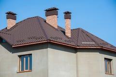 Bouw nieuw huis en dak Royalty-vrije Stock Foto