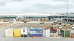 Bouw op de Internationale Luchthaven stock footage