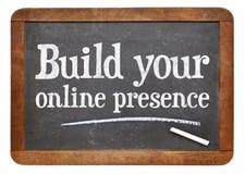 Bouw uw online aanwezigheid royalty-vrije stock afbeeldingen