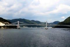 Bouw van brug om het eiland te verbinden Royalty-vrije Stock Afbeelding