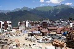 Bouw van de nieuwe Olympische skifaciliteit stock fotografie