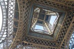 Bouw van de Toren van Eiffel in Parijs Royalty-vrije Stock Foto