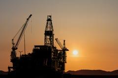 Bouw van een nieuw olieplatform Stock Afbeelding