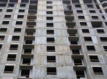 Bouw van vloeren van een de woonflat monolithische huis in aanbouw royalty-vrije stock afbeeldingen