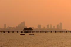Bouwend dichtbij het overzees, Pattaya Thailand Stock Foto