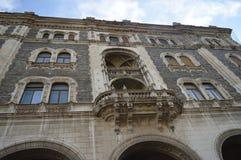 Bouwend tegengesteld aan Hongaars de Operahuis van de Staat in Boedapest op 29 December, 2017 royalty-vrije stock foto