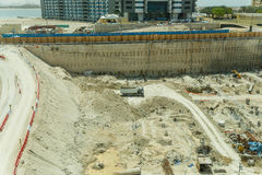Bouwwerf die van Monorail in het midden van de Manier aan Atlantis, Doubai bekeek Stock Afbeelding