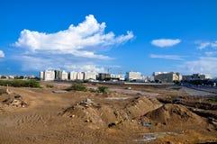 Bouwwerkzaamhedenwolken en blauwe hemel Royalty-vrije Stock Afbeeldingen