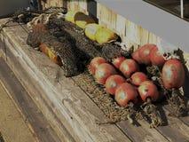 Bouys i sieci rybackie zdjęcia stock