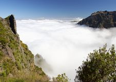 Boven de wolken Stock Afbeeldingen