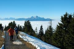 Boven de wolken, zet Rigi, Zwitserland op royalty-vrije stock fotografie