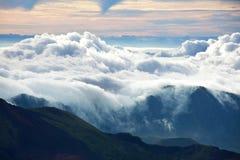 Boven wolken Stock Foto