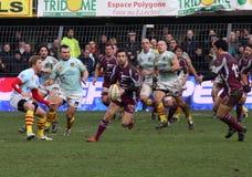 Bovenkant 14 rugbygelijke USAP versus Bourgoin Royalty-vrije Stock Fotografie