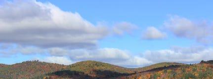 Bovenkant van bergen in daling Royalty-vrije Stock Foto's